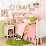 Little Girls Room Decorating Ideas With Horse Carriage Style