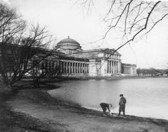 View of the old Field Museum in Jackson Park, c. 1922. Unknown photographer.ICHi-23746.