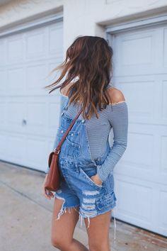 Pregnancy style: bodysuit + overalls.