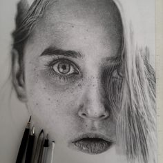 Insanely realistic graphite drawings are indistinguishable from photos