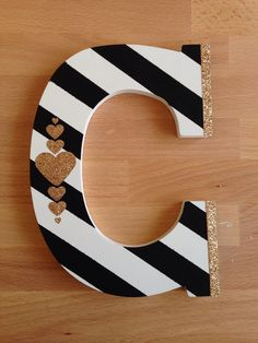 Hand painted wood letter with gold glitter heart details Wood Letters Decorated, Painted Initials, Wooden Initials, Painting Wooden Letters, Diy Letters, Letter A Crafts, Painted Letters, Letter Art, Hand Painted