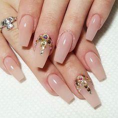 Aprende cómo pegar piedritas y dijes en las uñas paso a paso #beautynails