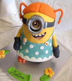 Minion girl cake But with blue eyes for little miss! Minion Birthday, Minion Party, Birthday Cakes, Geek Birthday, Torta Minion, Minion Cakes, Fondant Cakes, Cupcake Cakes, Despicable Me Cake
