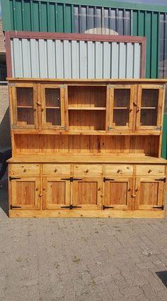 Wood-Pallet-Cupboard.jpg 750×1.351 pixels