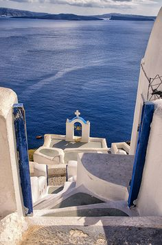Blue & White of Oia village, Santorini island, Greece. - selected by www.oiamansion.com