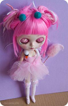 custom Blythe doll in a Björk swan dress by cocomicchi on Etsy, €675.00