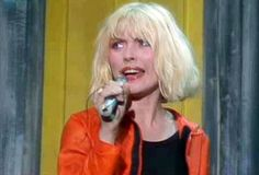 The Time Debbie Harry Sang on The Muppet Show http://ift.tt/29hsuDs #HintFashionMagazine #Fashion #Style