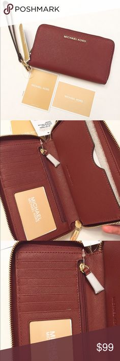 NWT Michael Kors Jet Set leather wallet/wristlet Brand new with tag!!! Color: brick.                              ❌no trade ❌no lowballing offers!!! Michael Kors Bags Wallets