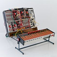 Love the look at these analogue synths