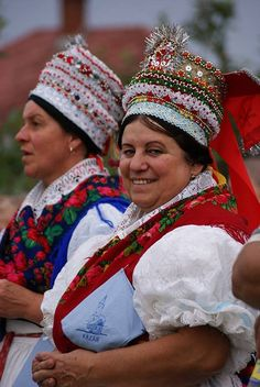 Folk Costume, Costume Dress, Costumes, People Of The World, Our World, Hungarian Embroidery, Adventure Is Out There, Hungary, Embroidery Patterns