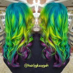 mermaid neon hair inspired by using all and Beautiful Hair Color, Cool Hair Color, Hair Colour, Creative Hairstyles, Hairstyles Haircuts, Love Hair, Pretty Hair, Neon Hair, Braid In Hair Extensions
