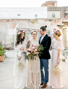 Dutch 70's Vibes Inspiration by Emily Wren Photography http://greenweddingshoes.com/bold-floral-filled-70s-inspired-wedding-inspiration/