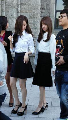 스퀘어 - 서현 예쁜 대학 졸업사진 Yuri, Korean Girl, Asian Girl, Girls Generation Sunny, Snsd Airport Fashion, Boho Fashion, Girl Fashion, Yoona Snsd, Girl Couple
