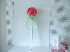 lollipop-green-bow- How to Make Lollipop Decoration from TrendyTree.com