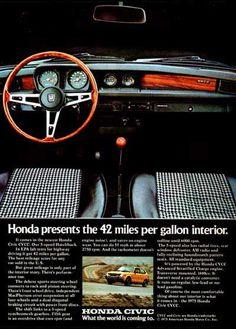 1975 Honda Civic CVCC original vintage advertisement. Honda presents the 42 miles per gallon interior. Detailed color photo of interior and dash.