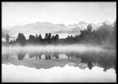 Fog on lake, julisteet ryhmässä Julisteet ja printit / Koot / 30x40cm @ Desenio AB (8114)