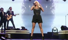 How to Get Lean, Sexy Legs like Carrie Underwood