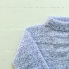 Damen Sweatshirts, Jumpsuit Pattern, Mohair Sweater, Harris Tweed, Fabric Manipulation, Apparel Design, Drops Design, Fashion Details, Pattern Fashion