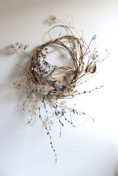 wreaths — ashn earth Dried Flower Wreaths, Dried Flowers, Twig Wreath, Floral Wreath, Modern Flower Arrangements, Autumn Wreaths, Arte Floral, How To Preserve Flowers, Nature Decor