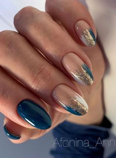 Chic Nails, Stylish Nails, Diva Nails, Fabulous Nails, Perfect Nails, Gorgeous Nails, Pretty Nail Art, Elegant Nail Art, Blue Gold Nails