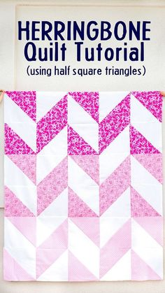 Make an Easy Herringbone Quilt using half square triangles! This simple quilt comes together soo fast since you are using 10 inch fabric squares and a shortcut half square triangle method. Herringbone Quilt Tutorials, Chevron Quilt Tutorials, Chevron Quilt Pattern, Half Square Triangle Quilts Pattern, Beginner Quilt Patterns, Half Square Triangles, Quilting For Beginners, Quilt Patterns Free, Square Quilt