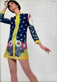 Retro Fashion Me encanto! 60s And 70s Fashion, 60 Fashion, Fashion History, Retro Fashion, Vintage Fashion, Fashion Outfits, Fashion Design, Fashion Trends, Moda Retro