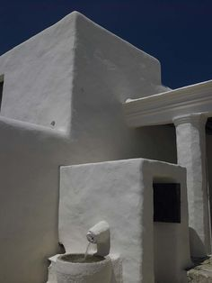 The fusion of Ibizan traditions with function, form, and taste is the hallmark of a Blakstad Ibiza house project. Beautiful Villas, Beautiful Homes, Stucco Texture, Adobe House, Mediterranean Architecture, Ethnic Chic, Design Consultant, Tulum, Ibiza