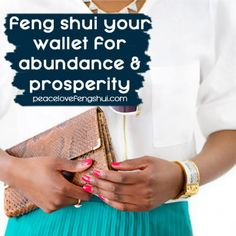 Have you ever wondered if it's possible to feng shui your wallet? Here are some quick and easy tips to help you feng shui your wallet and purse. Feng Shui Wallet Colour, Feng Shui Your Wallet, Feng Shui Rules, Feng Shui Tips, Feng Shui History, Feng Shui Wealth, Chi Energy, Blessed Assurance, Lucky Colour