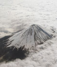 Mt. Fuji, Japan - Aerial View 富士山 Yamanashi, Shizuoka, Political Pictures, Mount Fuji Japan, Fuji Mountain, Sacred Mountain, Kyoto Japan, World Heritage Sites, Aerial View