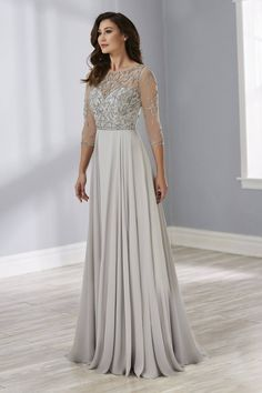Christina Wu Elegance 17891 Romantic sweetheart neckline gown featuring fully beaded bodice and sleeves. Soft gathers adorn the A-line skirt. Brides Mom Dress, Mother Of The Bride Dresses Long, Mothers Dresses, Mother Of Groom Outfits, Mob Dresses, Wedding Dresses, Bride Gowns, Elegant Dresses, Marie