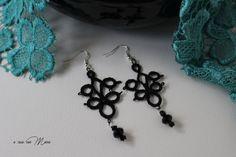 Neri orecchini al pizzo chiacchierino, blacks earrings, tattings earrings, regalo per lei, orecchini pendenti, handmade, made in Italy