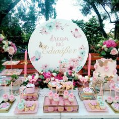 dream big! Baptisms, Dream Big, Favors, Table Decorations, Flowers, Gifts, Home Decor, Presents, Presents