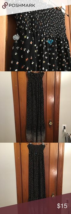 Roxy Floral Maxi Dress Strapless black maxi dress with tiny multi-colored flowers. Size XS. Roxy Dresses Maxi