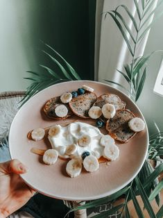 Gurrlllll this is one of my favorite things to create and eat, do yourself a huge favor and check out the recipe. Healthy Blueberry Pancakes, Just Peachy, Favorite Things, Favors, Create, Breakfast, Check, Recipes, Morning Coffee