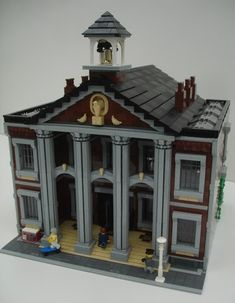 As promised - pictures of the Town Hall designed by Jamie Berard (for those of you who are new to the Blog - Jamie created/designe...