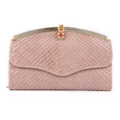 Pre-Owned Judith Leiber Blush Leather Goldtone Hardware Clutch (5.112.735 IDR) ❤ liked on Polyvore featuring bags, handbags, clutches, neutral, pre owned purses, leather handbags, genuine leather purse, genuine leather handbags and judith leiber