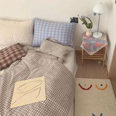 Small Room Bedroom, Dorm Room, Bedroom Decor, Decoration Inspiration, Room Inspiration, Dream Rooms, Dream Bedroom, My New Room, My Room