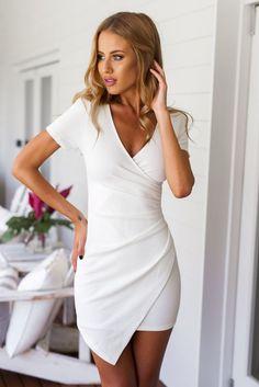 Smart And Sweet Short Sleeved Dresses - Stylishwife