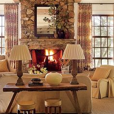 A Gracious, Southern-Style Home in Tennessee : Architectural Digest; decorator: Suzanne Kasler.