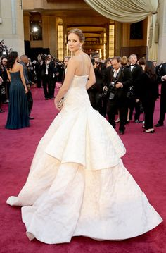 Jennifer Lawrence goes bridal in the best way possible at the Oscars