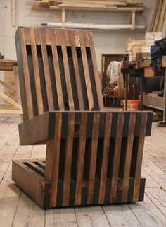 Easy Rider: chair made out of old planks by Sandman | Please subscribe to my weekly newsletter at upcycledzine.com ! #upcycle
