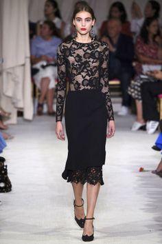 Oscar de la Renta at New York Fashion Week Spring 2016 - Livingly London Fashion Weeks, Fashion Week Paris, Fashion 2020, New York Fashion, Runway Fashion, Spring Fashion, High Fashion, Fashion Show, Fashion Design