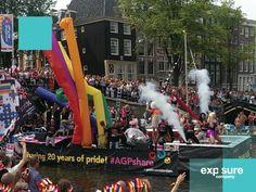 Bekleding van de boten tijdens de Gay Pride Amsterdam.