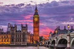 Big Ben is one of the must-see landmarks of the world. Although many people think the clock tower itself is called Big Ben, it is in fact the name given World Cities, Best Cities, Commonwealth, Cool Places To Visit, Places To Travel, Big Ben London, London Photos, Grand Tour, Historical Sites