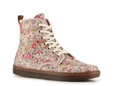Dr. Martens Women's Shoreditch Bootie.  OMG I NEED THESE NOW BUT I NEED MY TAX RETURN TO AFFORD THEM AND THE GOVERNMENT IS BEHIND ON THEM, THANKS OBAMA.