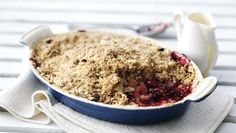 BBC - Food - Recipes : Crunchy apple and blackberry crumble - recommended for freezing Blackberry Crumble, Rhubarb Crumble, Crumble Topping, Fruit Crumble, Bbc Good Food Recipes, Fruit Recipes, Dessert Recipes, Yummy Food, Bbc Recipes