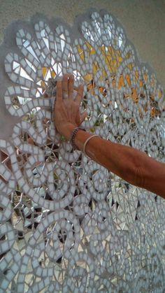 Brazil street art mosaic by Lis Onda.Mosaic art inspired by nature and myth Mosaic Tile Art, Mirror Mosaic, Mosaic Crafts, Mosaic Projects, Mosaic Glass, Mirror Art, Mosaic Designs, Mosaic Patterns, Stained Glass Mirror