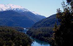 Prensa Parques Nacionales- Río Arrayanes Mount Rainier, Around The Worlds, Waves, Ocean, Mountains, Argentina Live, Beach, Sustainable Development, National Parks