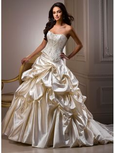 Robe de bal robe de mariée en satin