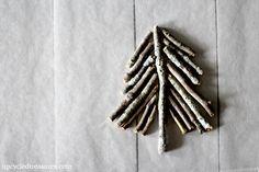 How to make a twig tree Christmas ornament http://upcycledtreasures.com/2013/11/diy-twig-tree-christmas-ornament/